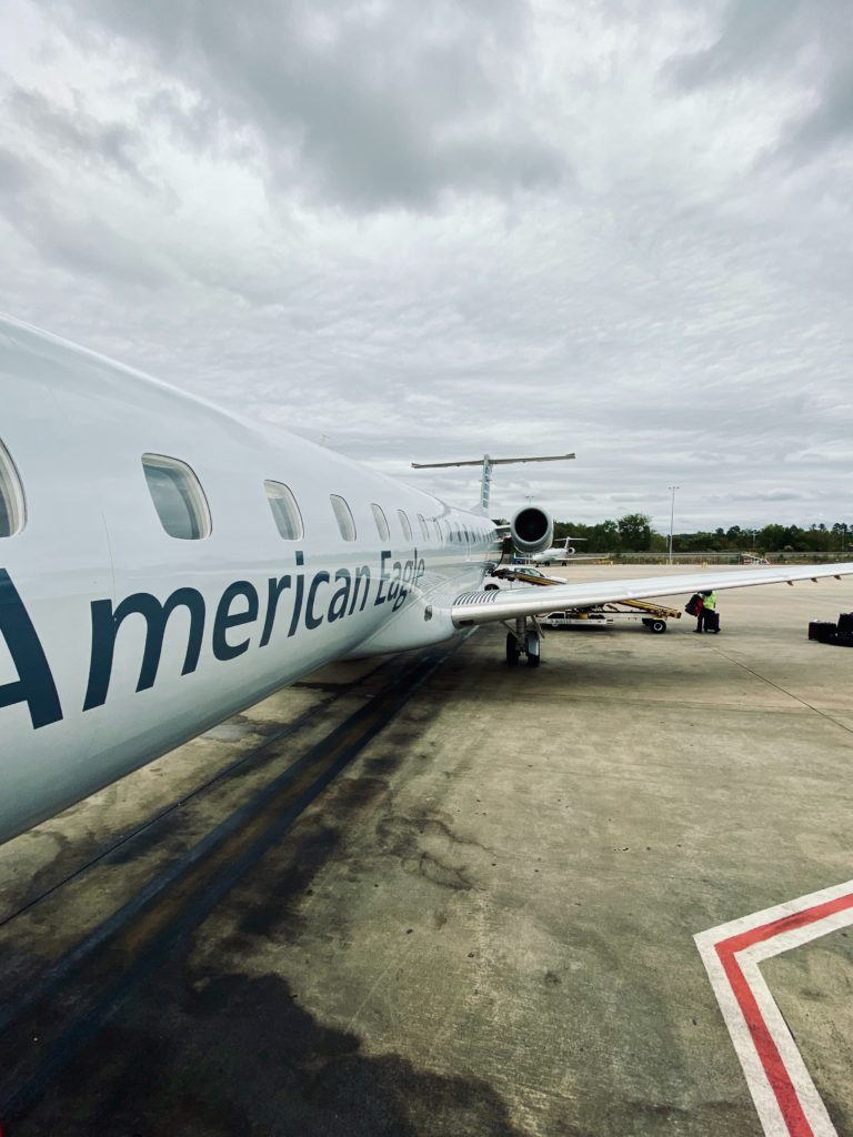 American Airlines jets lined up - American Airlines pilot hiring requirements